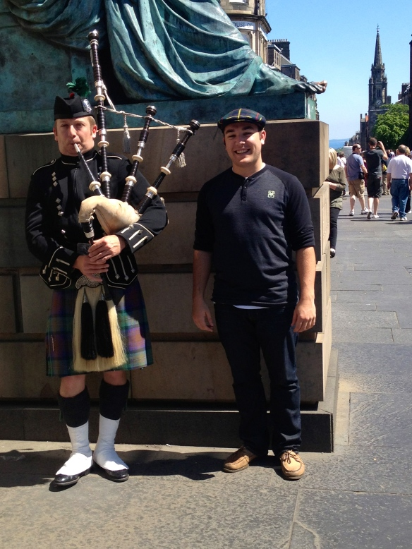 A real bagpiper and myself!